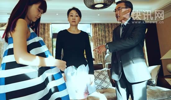 王姬拍《逆爱》颠覆形象首演溺爱妈自认戏外亏欠儿女
